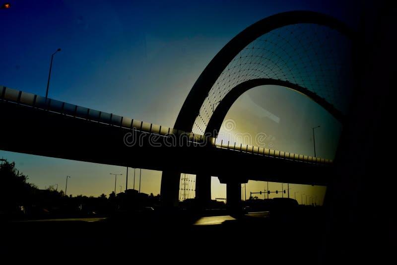 Härlig sikt av en solnedgång i Qatar royaltyfria bilder