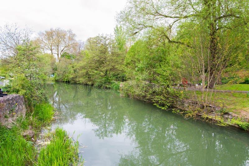 Härlig sikt av floden Avon, bad, England royaltyfria foton