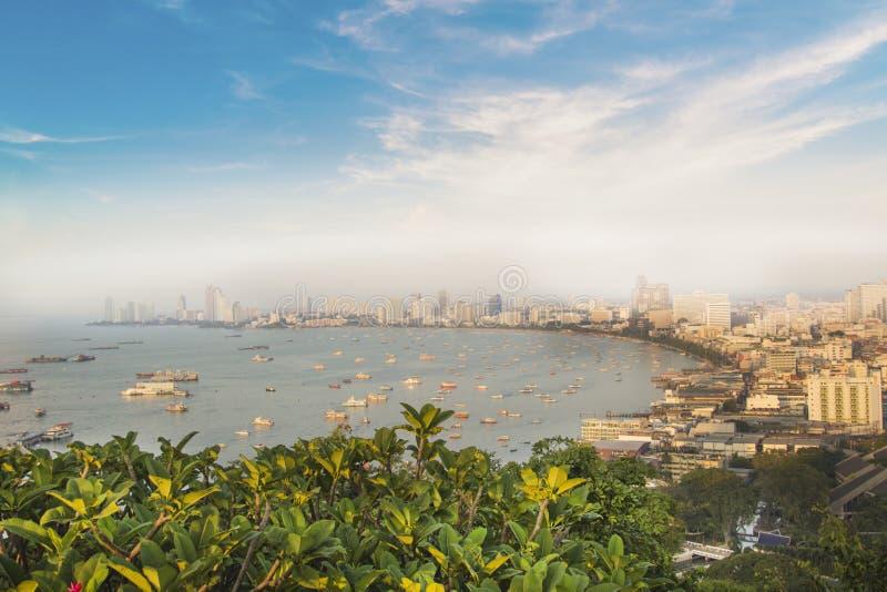 Härlig sikt av panoraman av Pattaya, Thailand arkivfoton