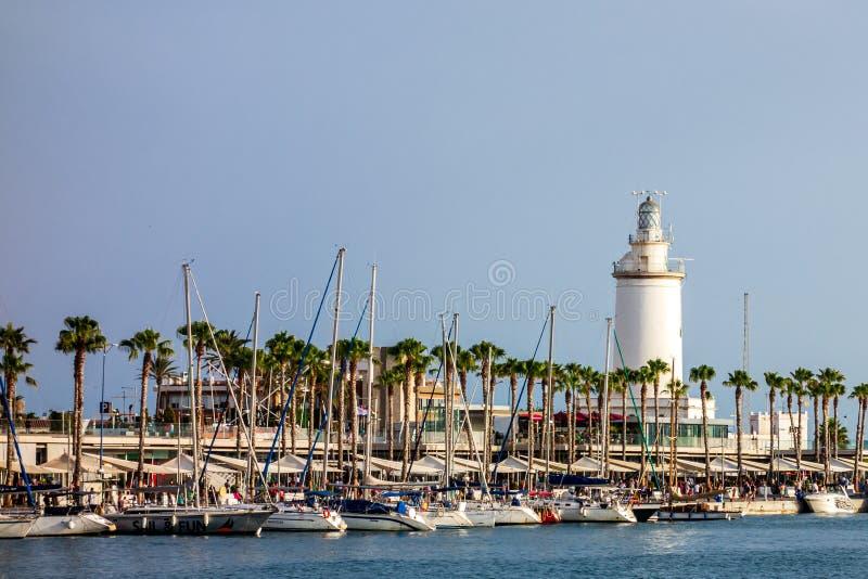 Härlig sikt av port av Malaga arkivbild