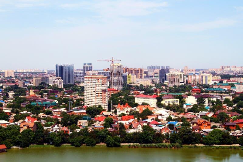 Härlig sikt av staden av Krasnodar arkivbild