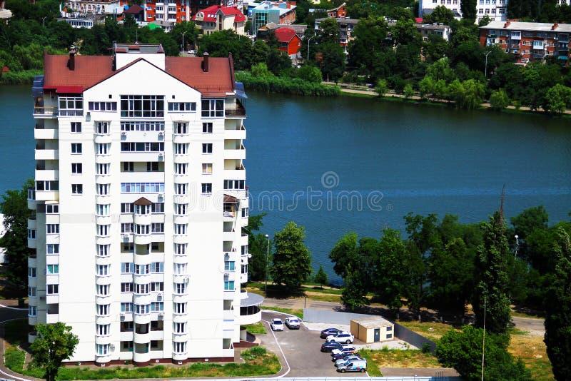 Härlig sikt av staden av Krasnodar arkivfoto