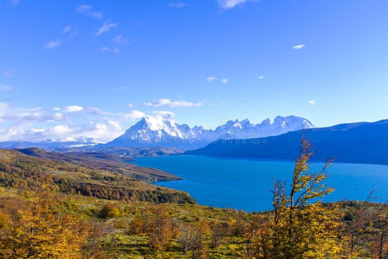 Härlig sikt av Torres del Paine arkivfoton
