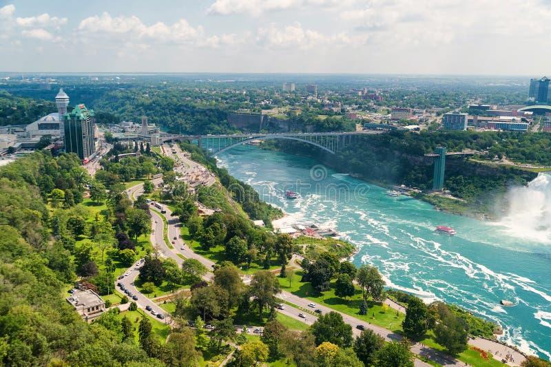 Härlig sikt på Niagara Falls arkivfoto