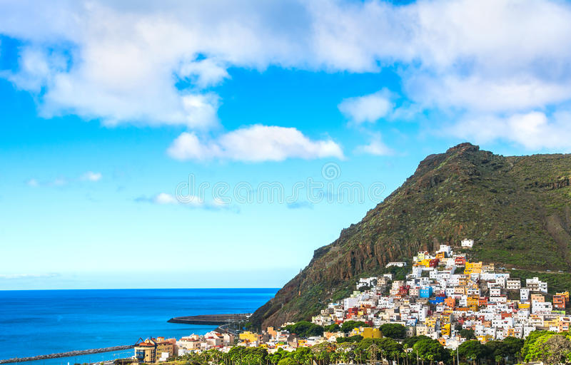 Härlig sikt på San Andres nära Santa Cruz de Tenerife i royaltyfri foto