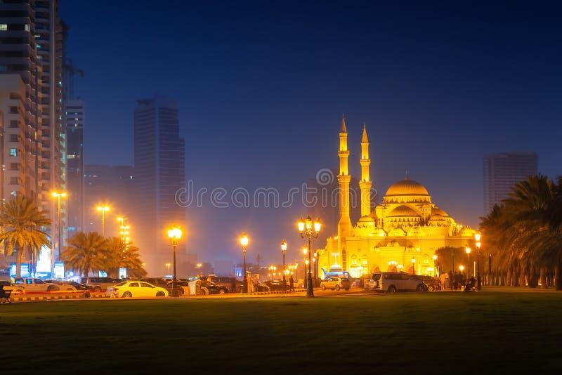 Härlig sikt till Sharjah Al Noor Mosque royaltyfri foto