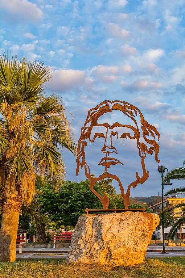 Härlig skulptur av Alexander det stort i Asprovalta, Grekland royaltyfri bild