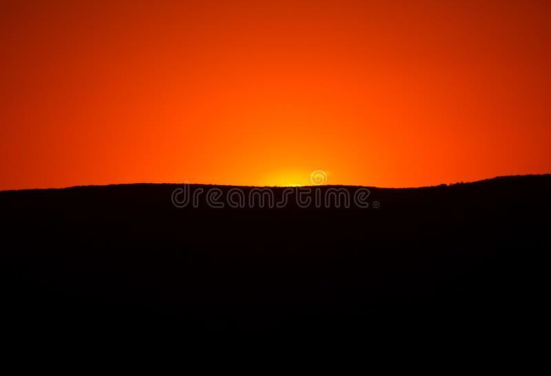 Download Härlig solnedgång arkivfoto. Bild av inställning, mörkt - 284484