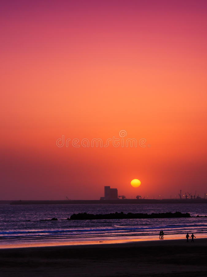 Härlig solnedgång i Agadir, Marocko arkivbilder