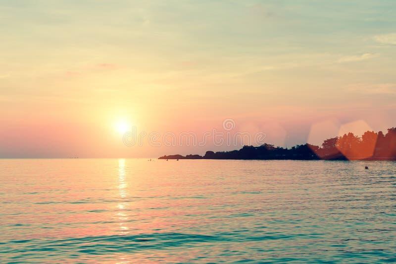 Härlig solnedgång i den Laguna sjösidan Natur arkivfoto