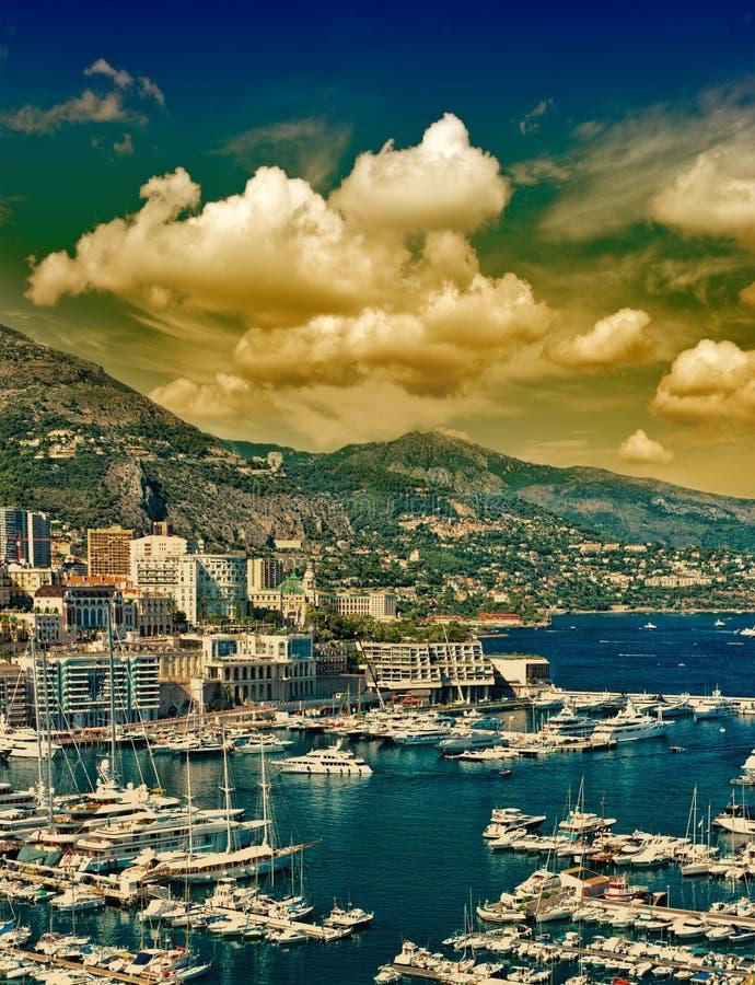 Härlig solnedgång i Monaco. medelhavs- landskap royaltyfri fotografi