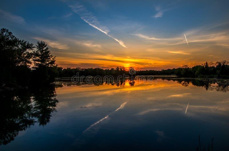 Härlig solnedgång på greven Rowe Provincial Park royaltyfria bilder