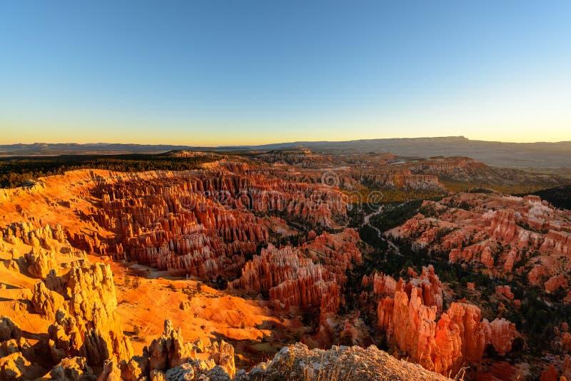 Härlig soluppgång på den Bryce Canyon nationalparken, Utah royaltyfria bilder