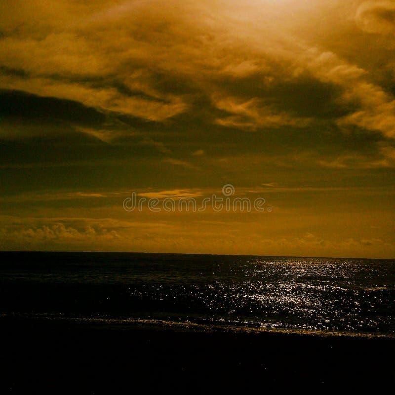 Härlig soluppgång på en lördag royaltyfria foton