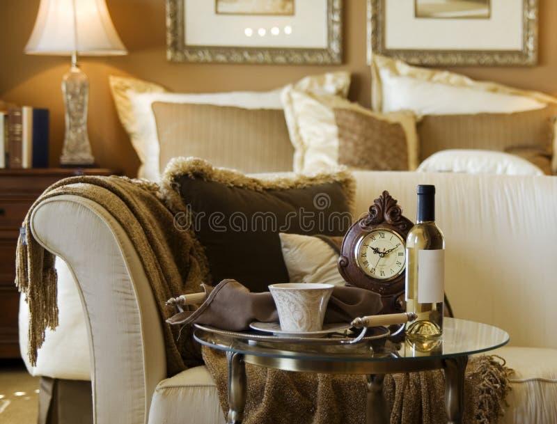 härlig sovrumdetalj royaltyfri fotografi