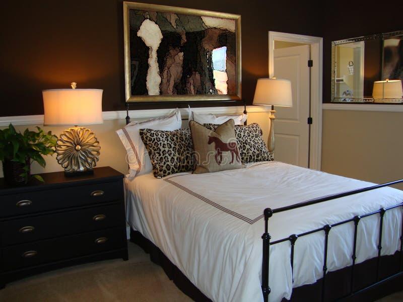 härlig sovrumformgivare arkivbilder
