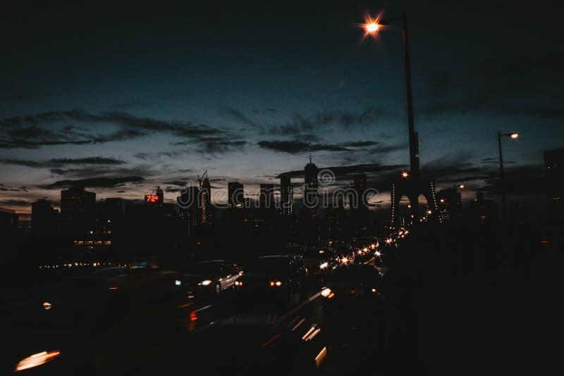 Härlig stad av Manhattan på natten arkivfoto