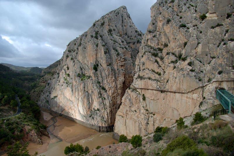 Härlig stenig region runt om el Chorro i Andalusia arkivbild