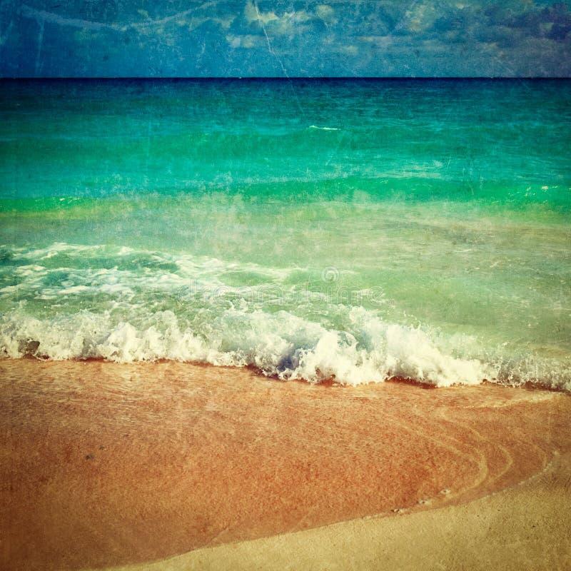 Härlig strand och hav fotografering för bildbyråer