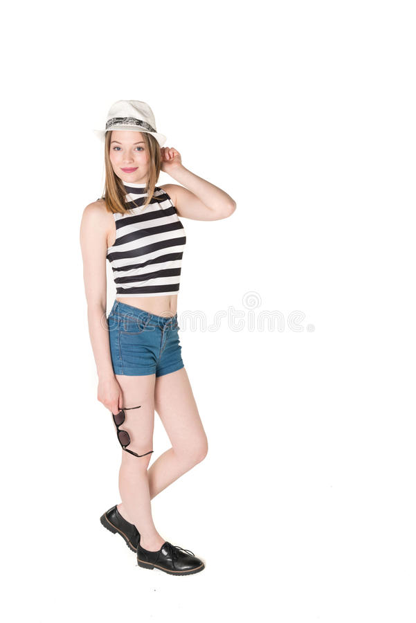 Härlig tonåring i sommardräkt royaltyfria bilder