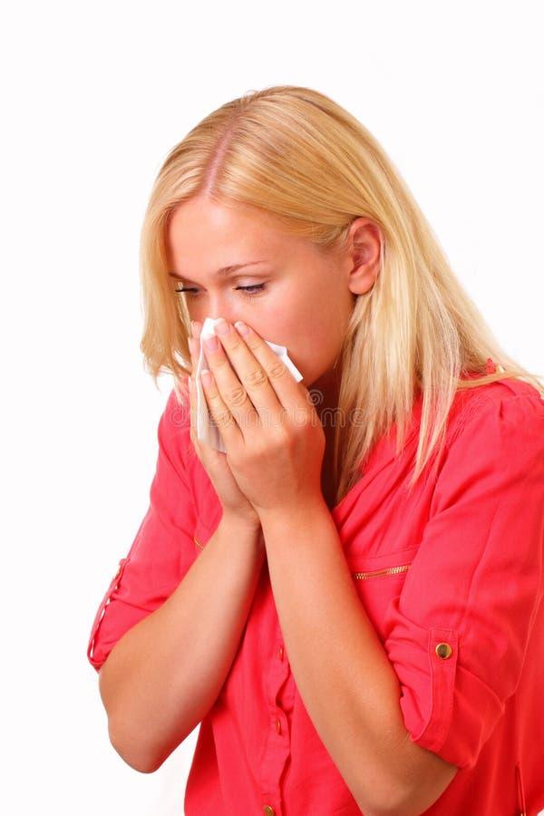 Härlig ung allergisk kvinna arkivbild