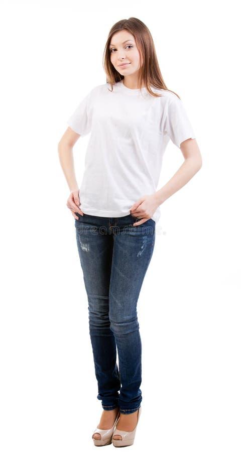 Härlig ung kvinna för full längd på vit arkivbild