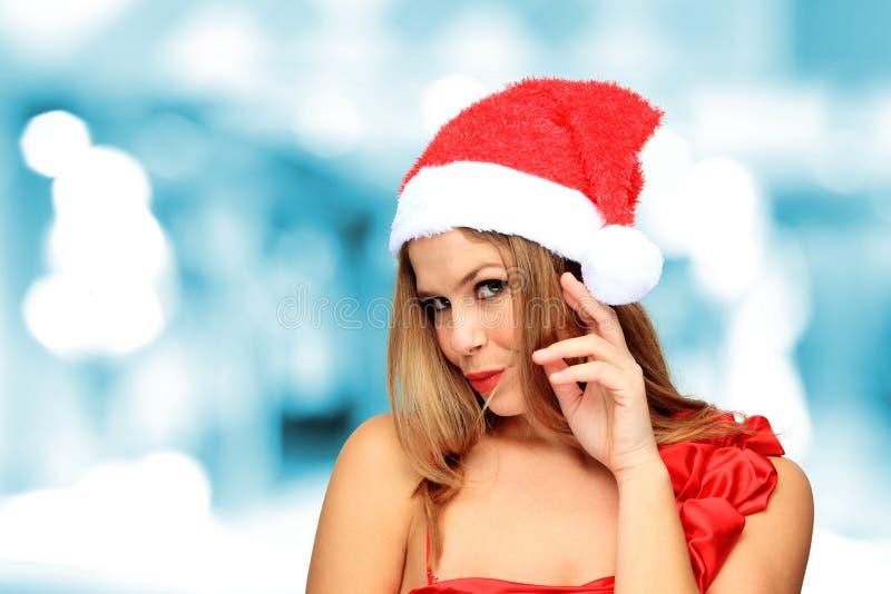 Härlig ung lycklig julkvinna royaltyfri fotografi