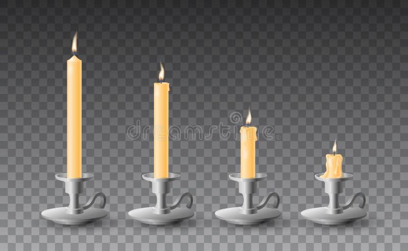 Härlig vektoruppsättning av gradvist brända realistiska gula stearinljus på metallljusstakar på genomskinlig bakgrund stock illustrationer