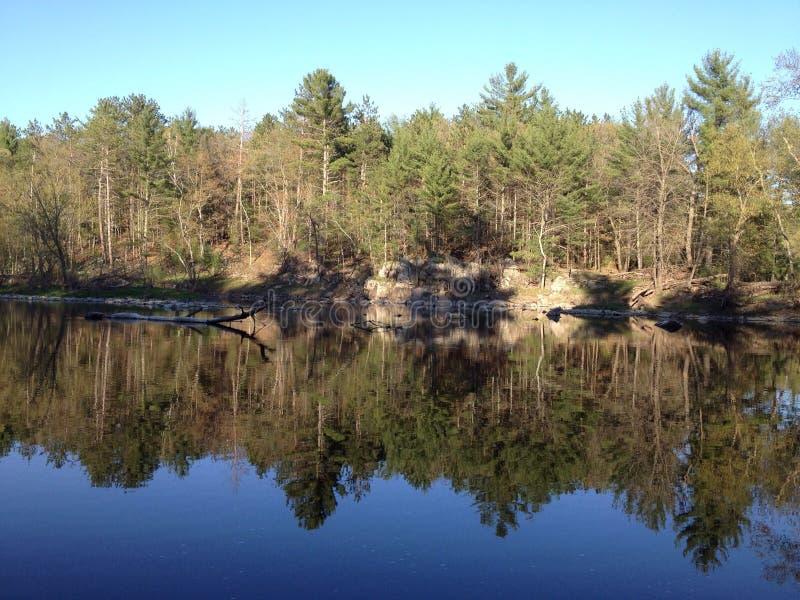Härlig Wisconsin sjö! royaltyfri bild