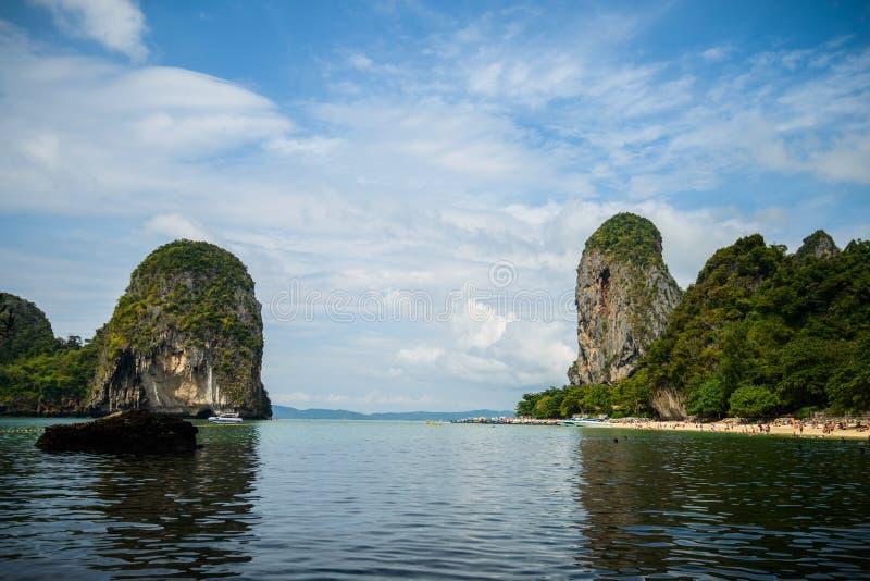 Härliga öar i det Andaman havet, Krabi, Thailand arkivbild