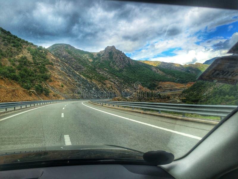 Härliga bergsikter från Albanien royaltyfri fotografi