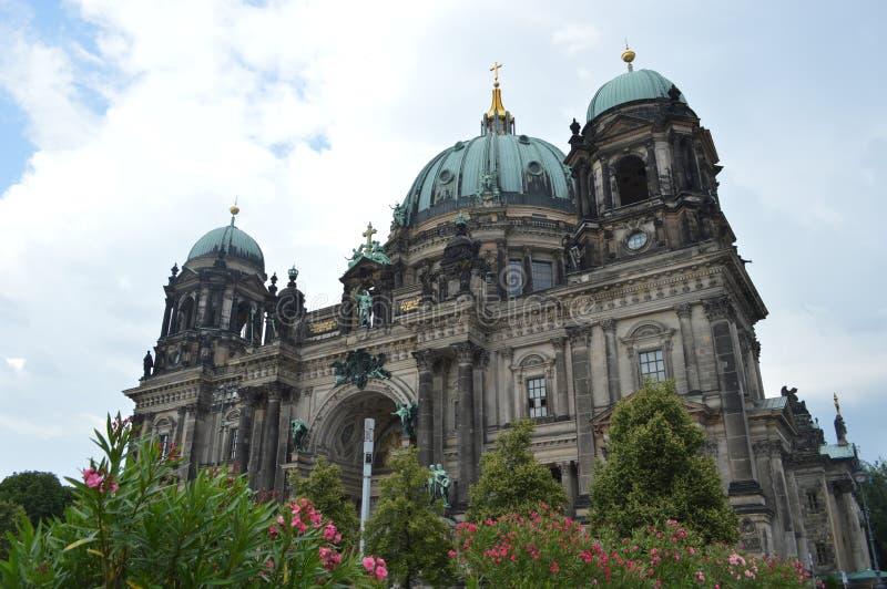 Härliga BerlinerDom - Berlin, Tyskland royaltyfria foton