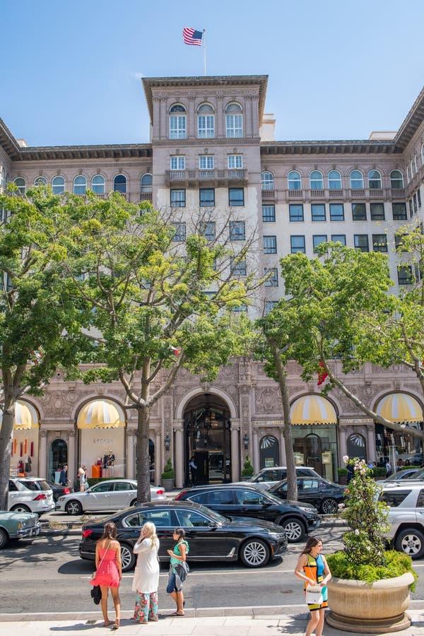 Härliga Beverly Hills, Kalifornien på en sommardag arkivfoton