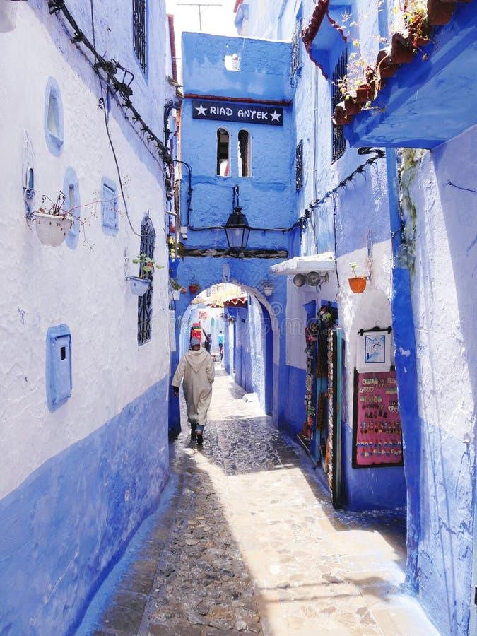 Härliga blåa Chefchaouen och dess Riad royaltyfria foton