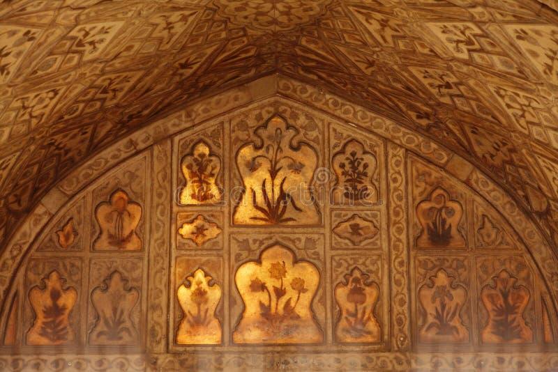 Härliga carvings och designer inre Diwan-i-khas arkivfoto