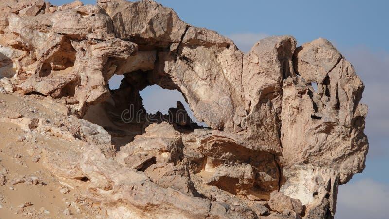 Härliga Crystal Mountain i den vita öknen i Egypten arkivbild