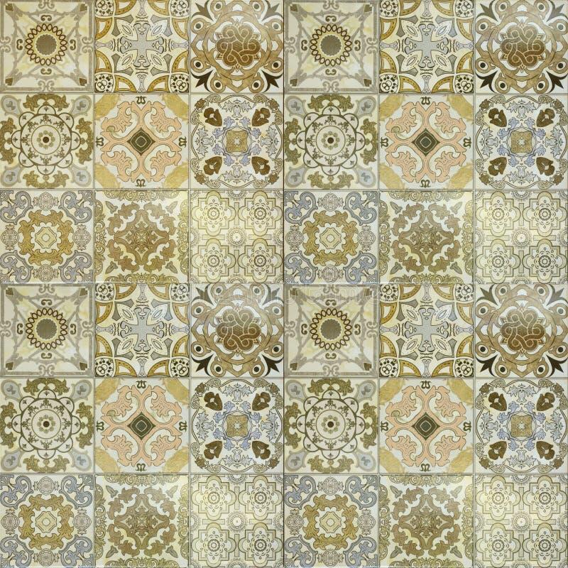 Härliga gamla modeller för keramiska tegelplattor för vägg handcraft royaltyfri foto