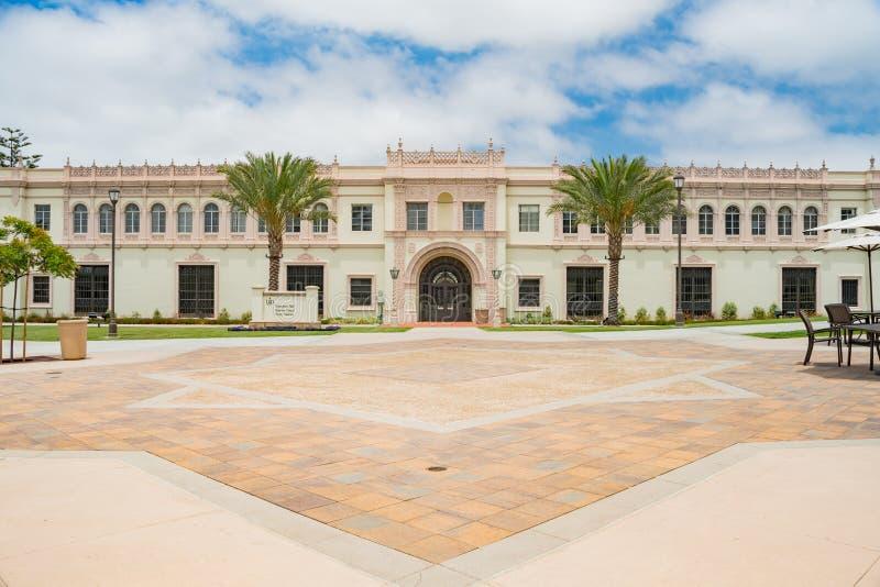 Härliga grundare Hall av universitetet av San Diego royaltyfri fotografi