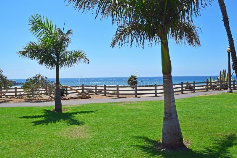 Härliga Pacific Palisades parkerar royaltyfri foto