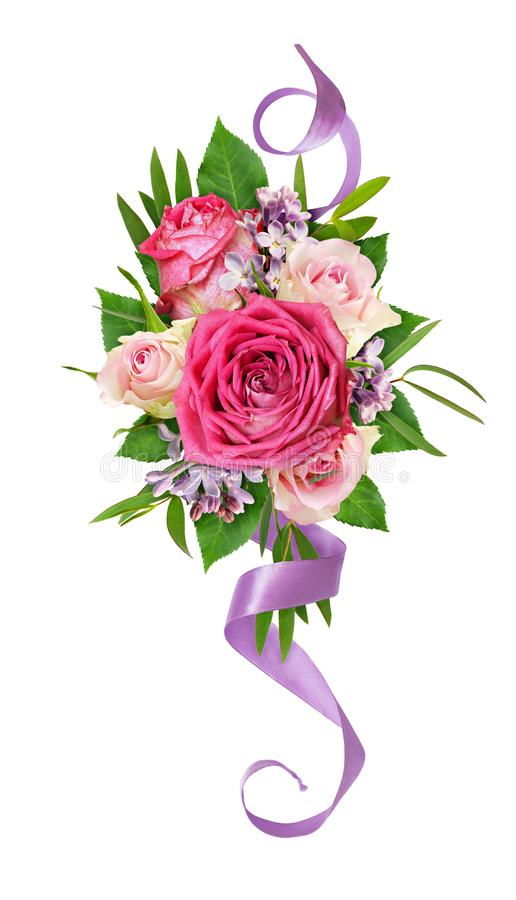 Härliga rosa och vita rosa blommor med det lila och siden- bandet i en blom- ordning royaltyfri foto