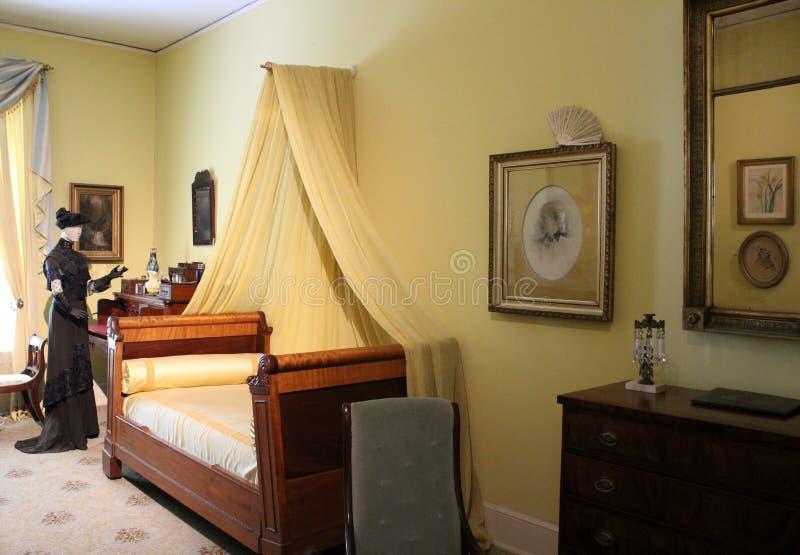 Härligt antikt möblemang i utställningsbeläggningliv på det Waldorf museet, Canfield kasino, Saratoga Springs, New York, 2018 royaltyfri foto