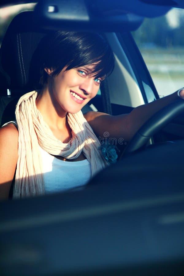 härligt barn för flicka för bilkörning royaltyfria foton