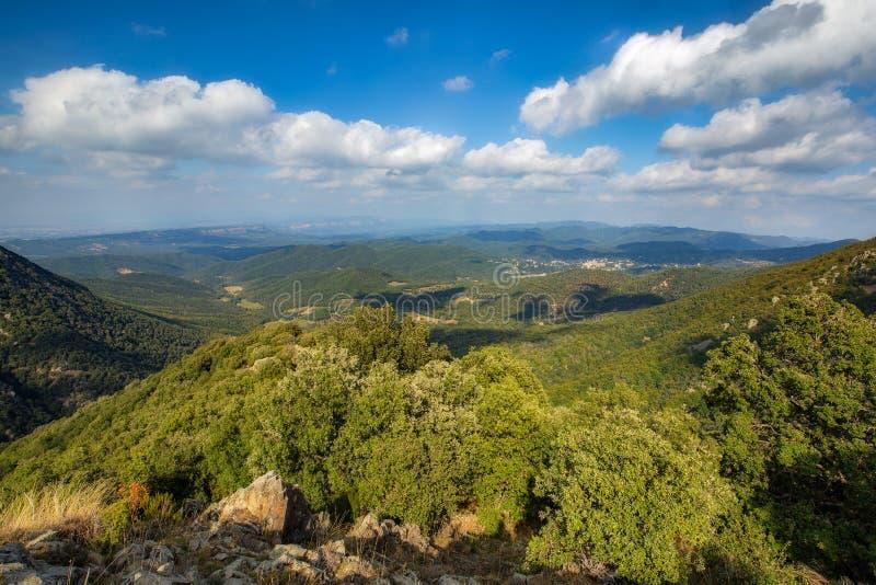 Härligt berg Montseny för en för höstbokträdskog i Spanien, nära Viladrau arkivbilder