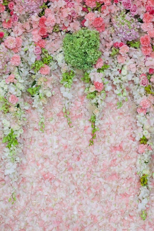 Härligt blommabröllop dekorerar arkivbild