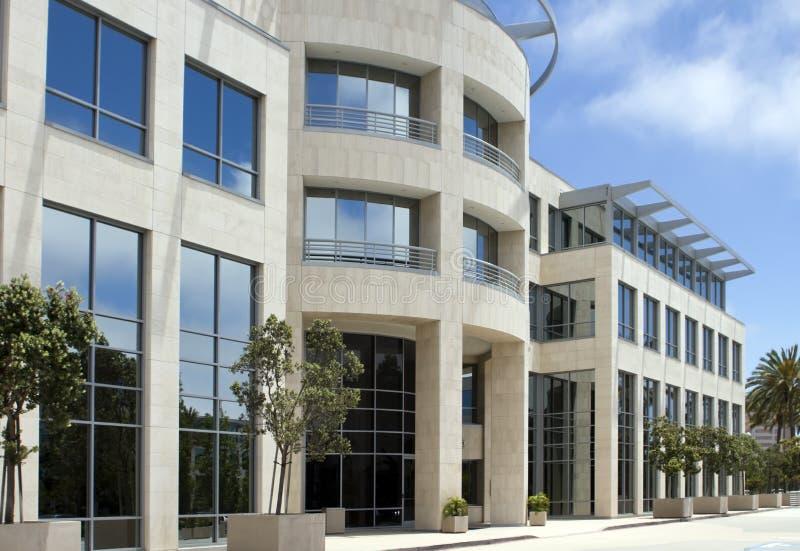 härligt byggande Kalifornien företags kontor arkivfoto