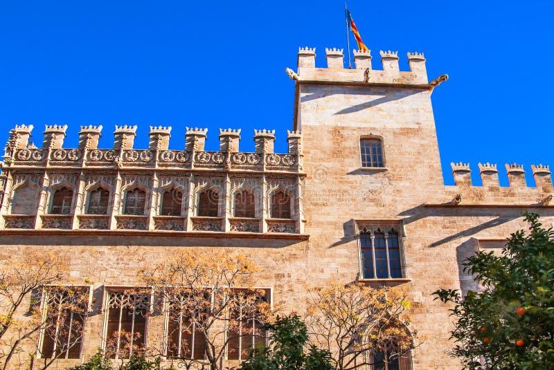 Härligt byggnadsLonja de la Seda siden- utbyte i Valencia royaltyfri foto