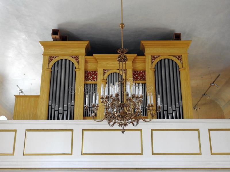 Härligt gammalt kyrkligt organ, Lettland fotografering för bildbyråer