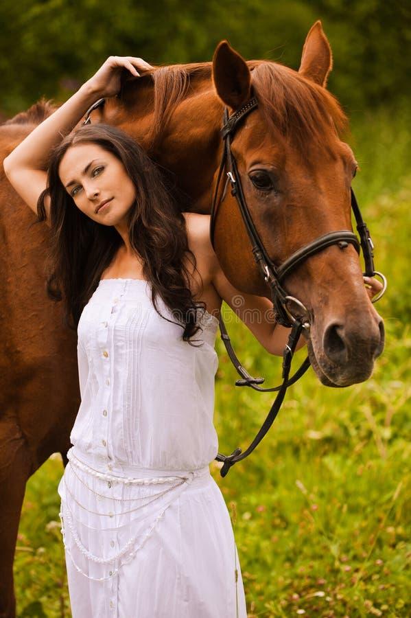 härligt hästkvinnabarn fotografering för bildbyråer