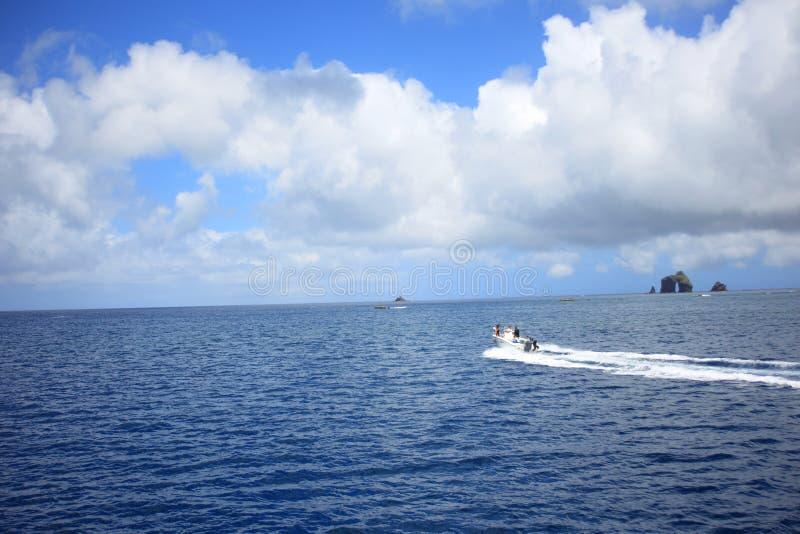 Härligt hav av den Chichijima ön royaltyfri fotografi