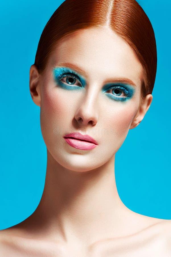 Härligt kvinnaslut upp, högkvalitativ skönhet arkivfoton